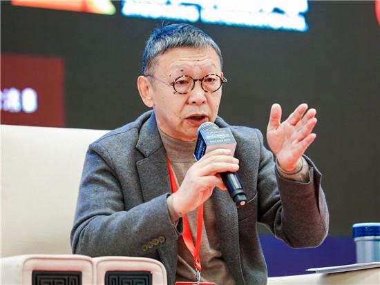 南南合作金融中心主席、原银监会副主席蔡鄂生