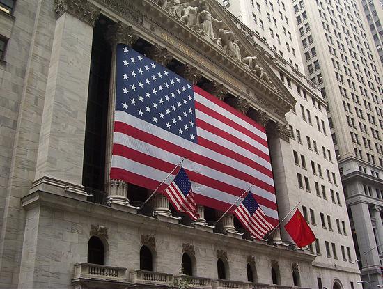 中概股收涨 网贷股爬升 迅雷暴跌39%