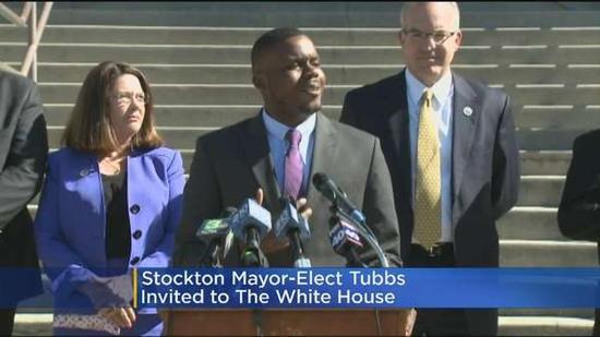 加州斯托克顿市市长迈克尔-塔布斯