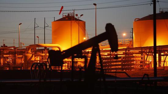 开盘:税改遇阻油价下挫 美股低开道指跌120点