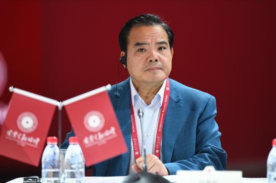 中国信臻资产办拥有限公司副尽裁剪村儿子恩岳。(留影 崔楠)