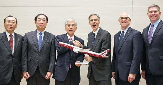 2014年,东丽成为波音新款777飞机的独家碳纤维供应商