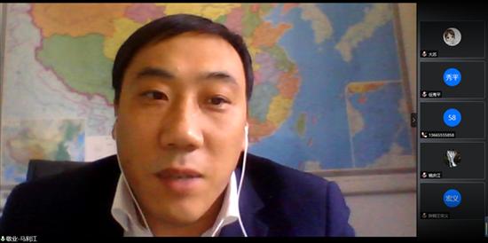 敬业集团有限公司销售总公司副总经理马利江接受人民日报海外网记者采访