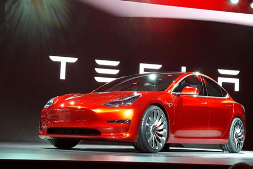马斯克称Model 3日产量有望在本周超过500辆 较上月提升75%