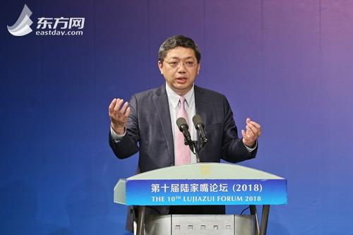 香港交易所董事总经理兼首席中国经济学家、中国银行业协会首席经济学家巴曙松