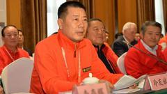他是中國好老板 創業第二年為員工買車