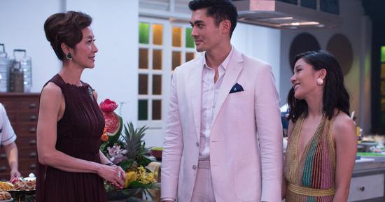 全亚裔主演《疯狂亚洲富人》在美热映 票房直线飙升