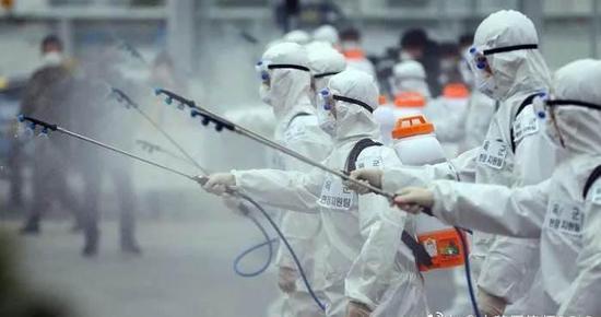 李湛:新冠病毒株变异,全球抗疫难度或提高