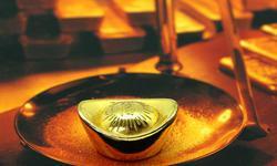 连平:各类风险因素并存 可合理增加资产配置中黄金的比重