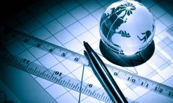 隆国强:重视服务贸易发展