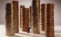 夏春:中国只有70万人月收入超过2万元吗?