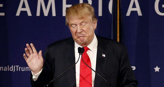 特朗普建议美国人永远别再握手