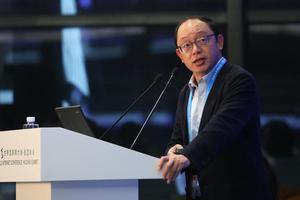 田溯宁对话VMware CEO:汽车等90%物体将被联网