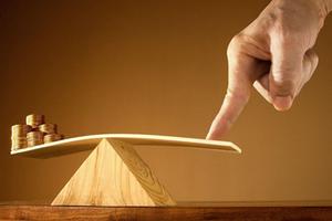 证券律师许峰:在严监管下场外配资可能会退回借贷模式