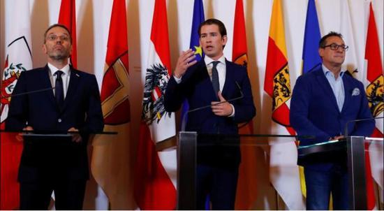 骨牌效应!奥地利:不排除采取德国式遣返难民计划