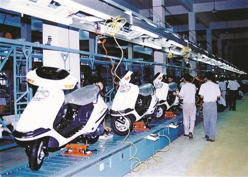 早期吉利摩托车生产线