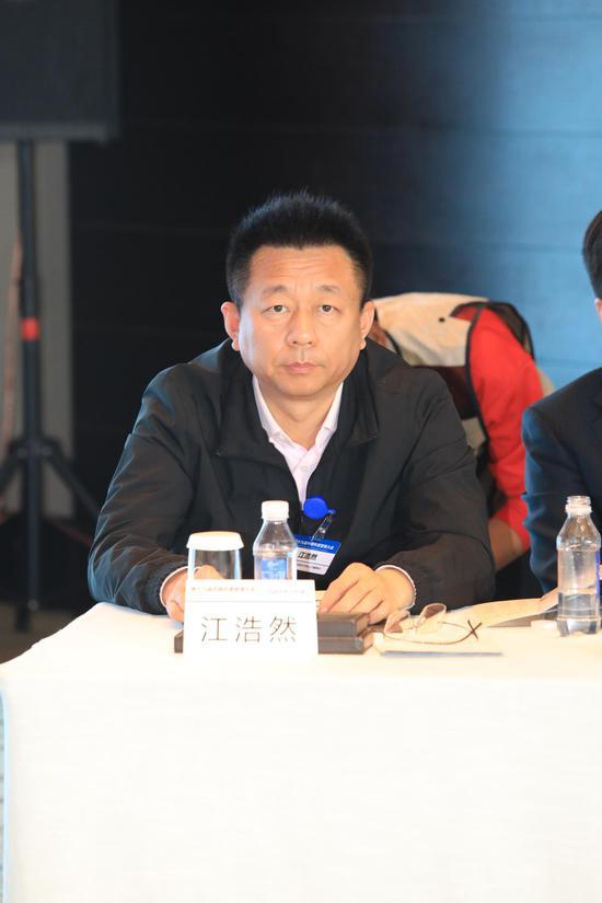 东鑫娱乐平台·邓正权当选遂宁市人民政府市长