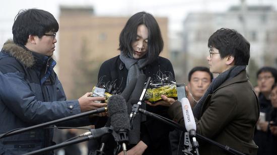 """趙顯玟的姐姐趙顯娥三年前就""""堅果返航""""事件道歉"""