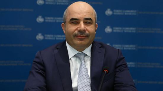 里拉下跌之际 土耳其央行行长遭总统解职