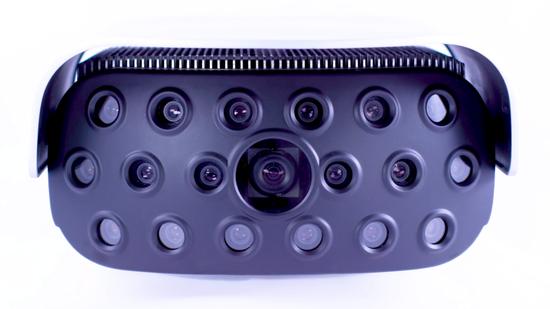布莱迪的公司开发配备19个镜头的Mantis设备,可识别一个足球场那么远距离的人员