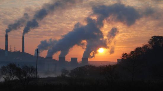 联合国气候变化会议闭幕 就巴黎协定细则对立仍存
