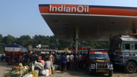 国际能源署:2024年印度石油需求将超过中国