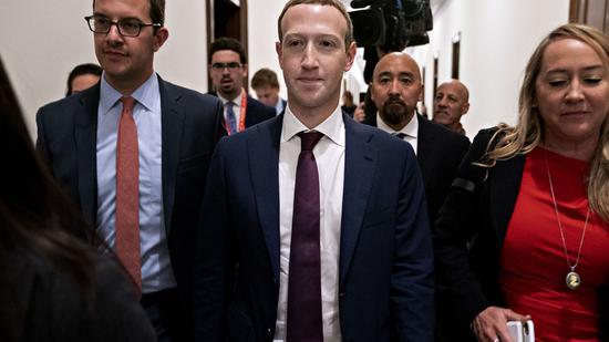 希拉里指责小扎和Facebook:铁了心要帮特朗普连任