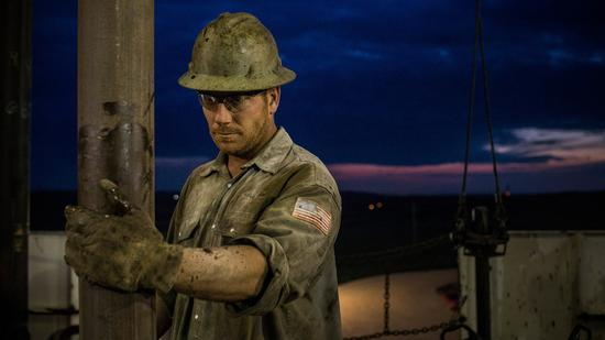 周三美油收高3.5% 布油上涨2.5%