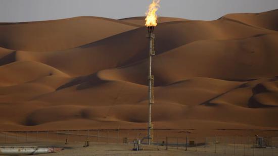 周二美油涨2.3%布油涨2% 均创一年新高