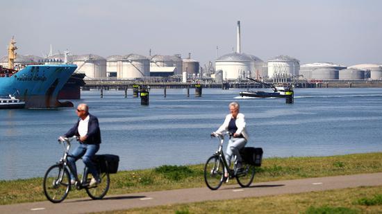 本周美国WTI原油下跌3.5% 布伦特原油跌3%