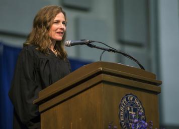 特朗普承诺举荐女性出任最高法院大法官 领跑者剩下两位