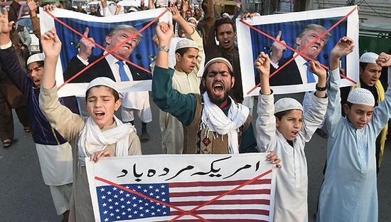 捂紧钱包!特朗普砍掉对巴基斯坦和巴勒斯坦数亿援助