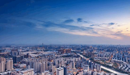 徐高:中国经济的景气高点还在后面