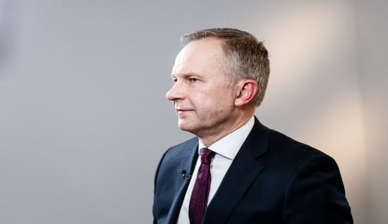 倒卖二手机赚钱妈_拉脱维亚央行:欧央行政策工具充足 可购买更多债券