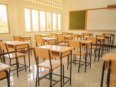 睿见教育全年盈利增42% 末期息5.6分