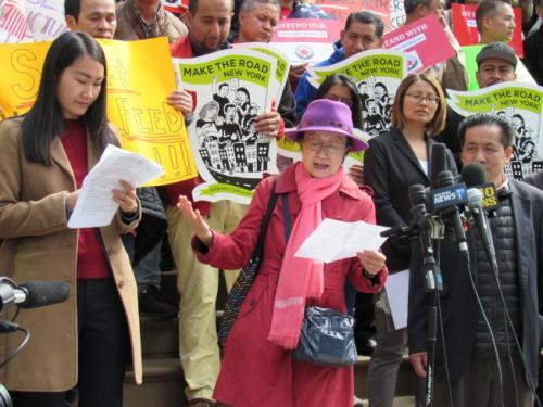 市議員陳倩雯參與當日集會。(圖片來源:美國《世界日報》記者 顏嘉瑩 攝)
