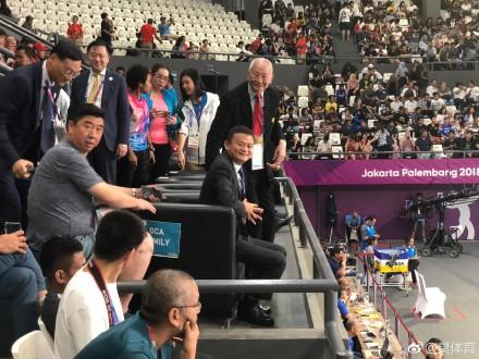 马云观看比赛