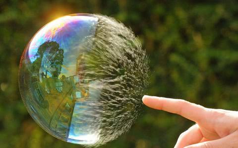 策略师:市场泡沫正在形成 暴跌5