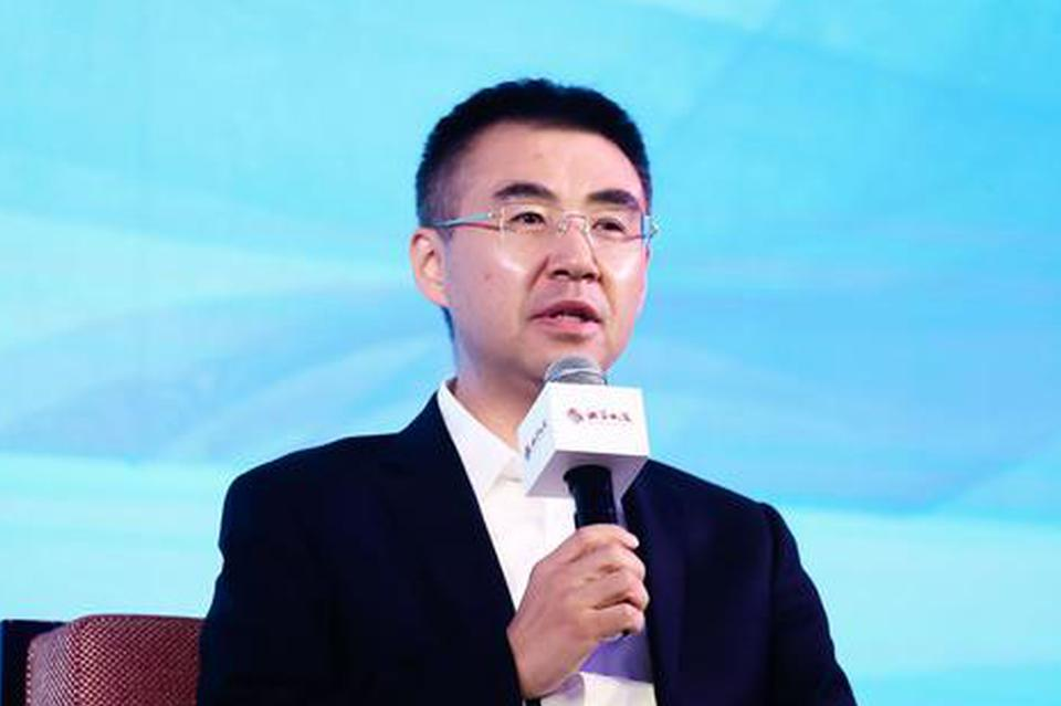 杨大勇:新能源车方兴未艾 投资者