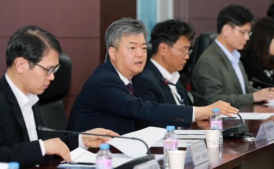 9日,韩国产业通商资源部召开会议,商讨应对美退出伊核协议