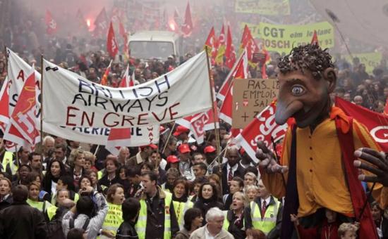 法国为啥总爱大罢工?