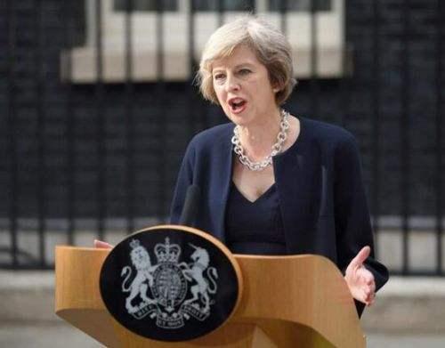 """英媒:首相""""闺蜜""""再挑事端 脱欧乱局雪上加霜"""
