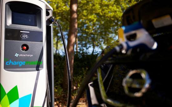 英国石油收购全英最大电动汽车充...