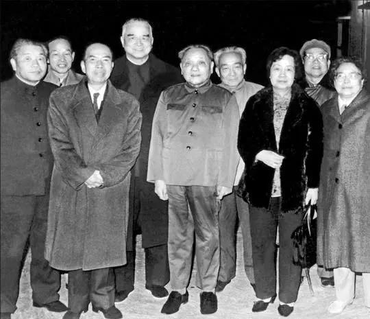 百位深圳改革人物吴南生:深圳经济特区的筹办者