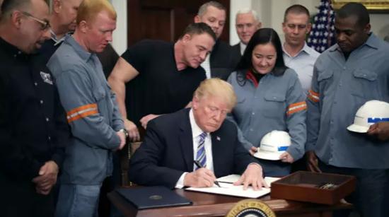 总统推出了一个程序,允许与美国有密切安全关系的国家商讨本国可能获得的豁免