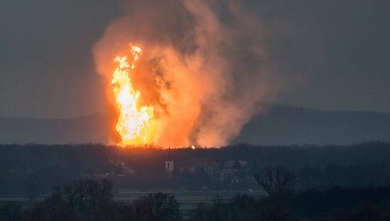 奥天然气站爆炸多国告急 欧洲能源基础设施老化凸显