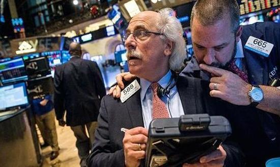 专访史蒂芬-罗奇:美国股市已过度高估