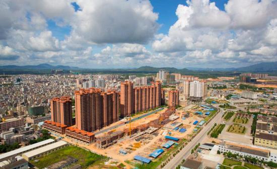 刘瑞明:房地产泡沫不破将酝酿社会危机