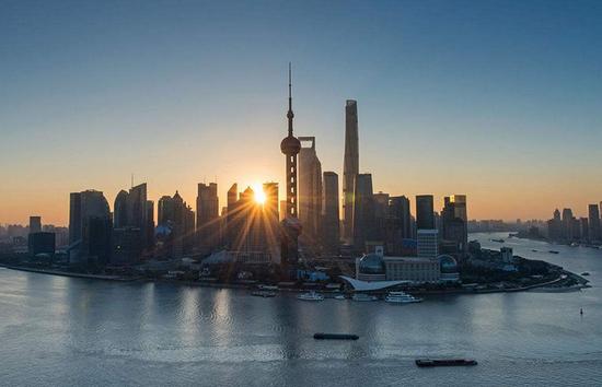 秦朔:上海的发展缺了一股劲儿
