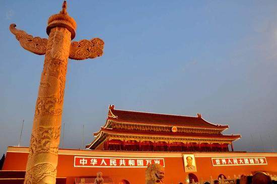 推动中国经济向高质量发展